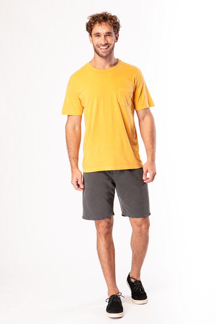 Camiseta Lisa com Bolso Amarelo